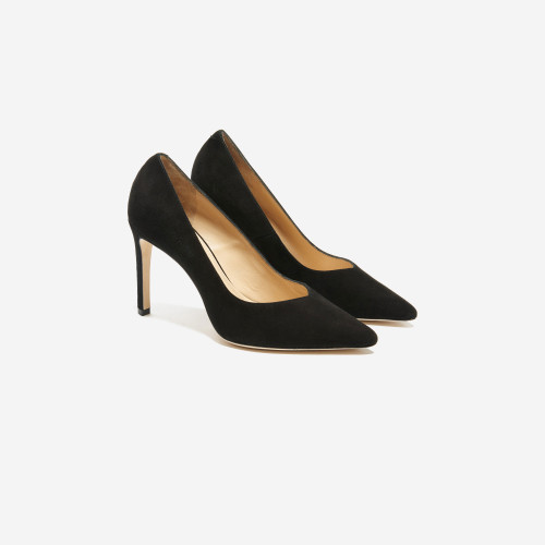 Black V Cut Pumps - Black