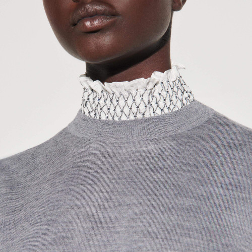 Sweater with contrasting smocked collar - Grey