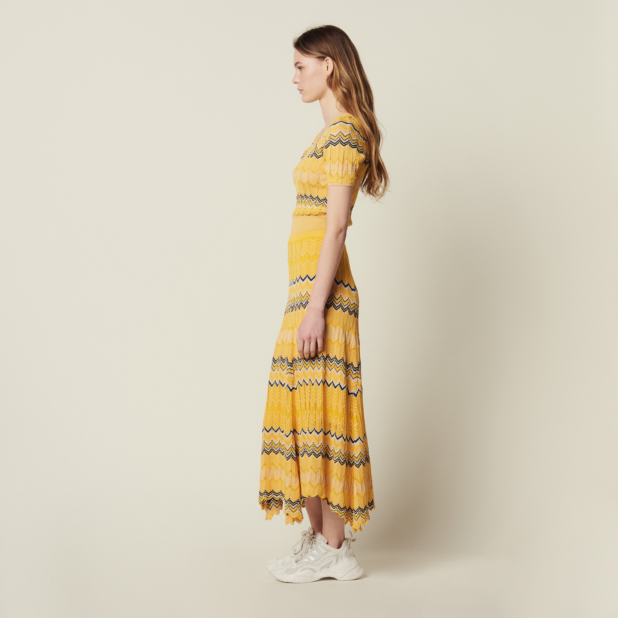 Long Knit Skirt With Zigzag Print - Yellow