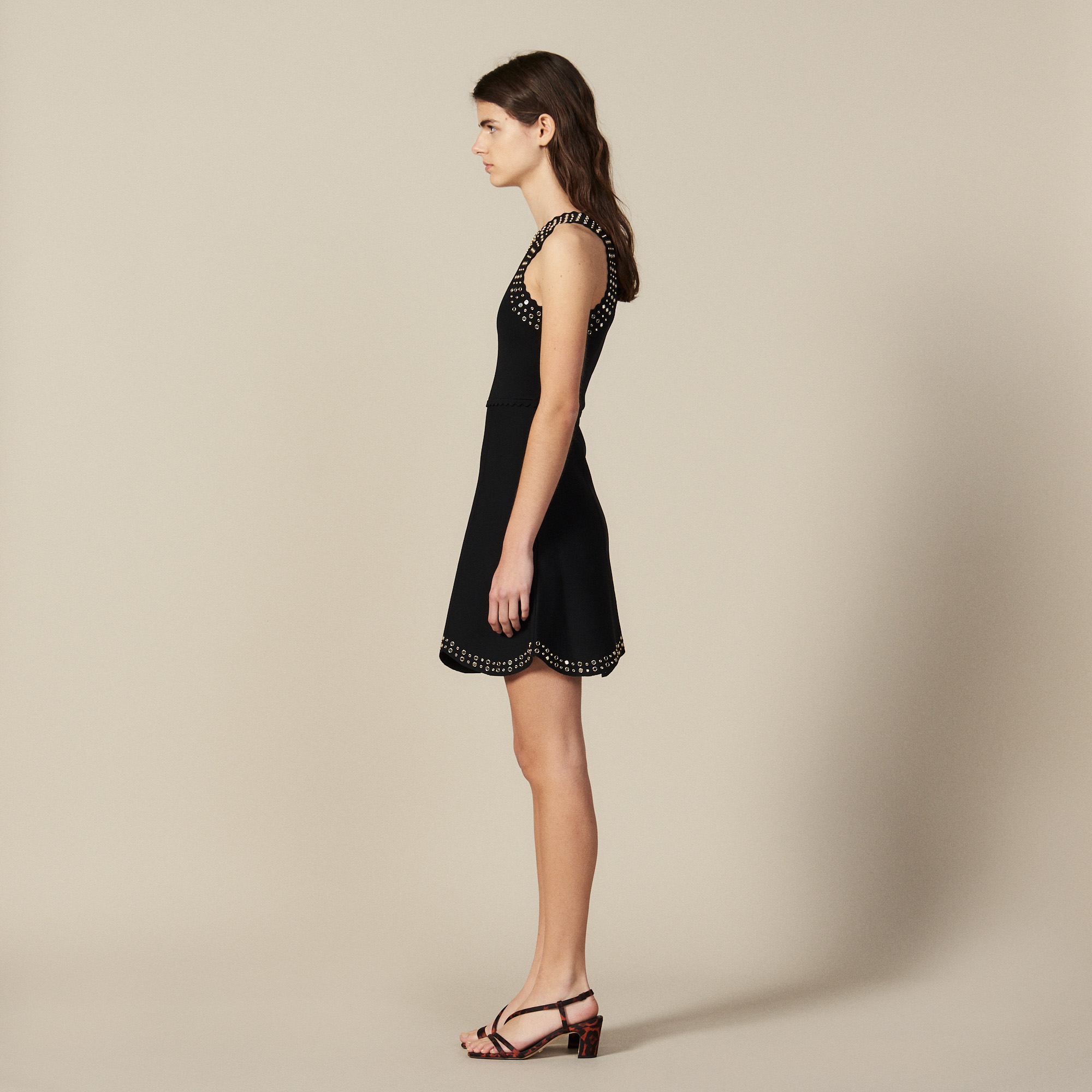 Short knit dress trimmed with studs - Black