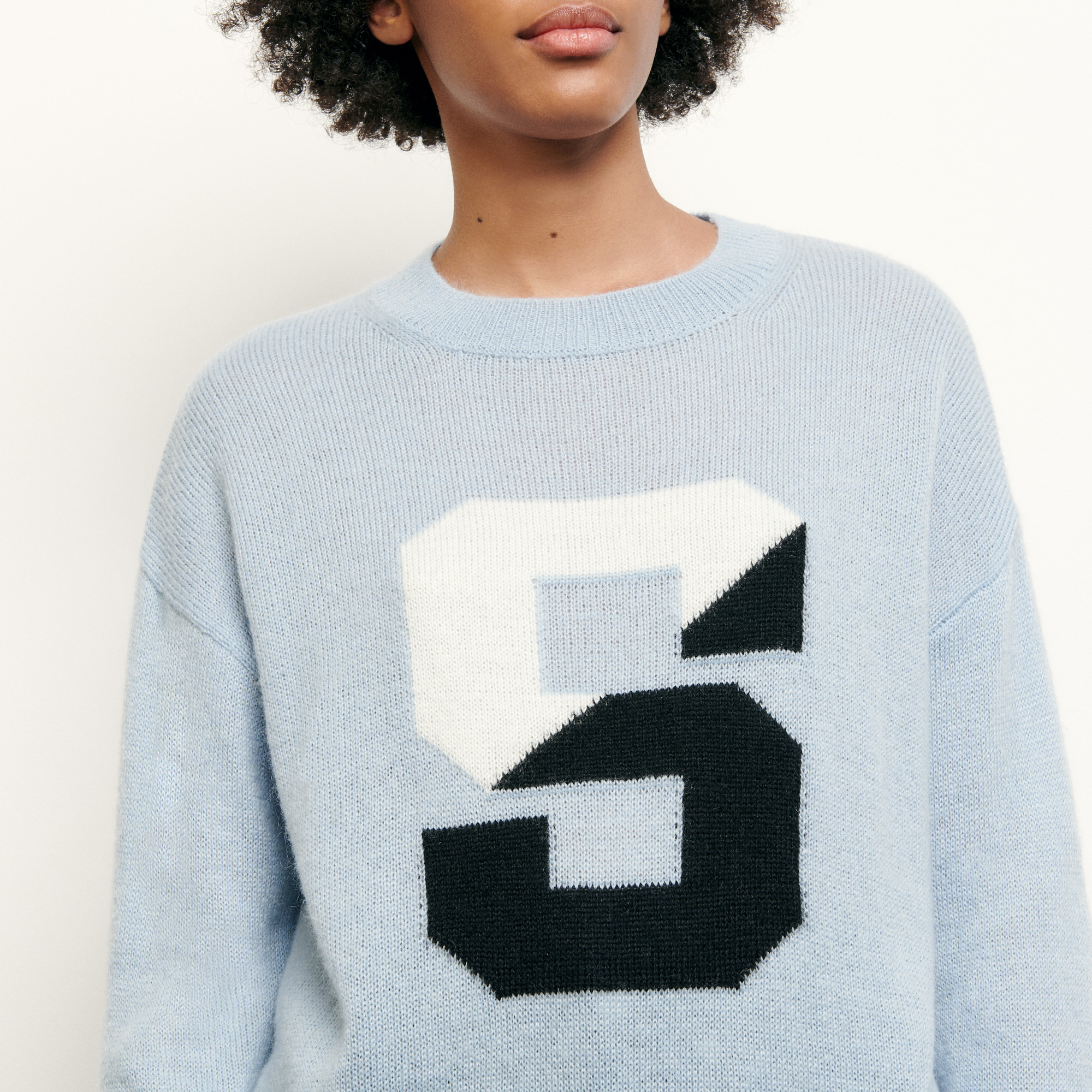 Sweater with initial - Blue