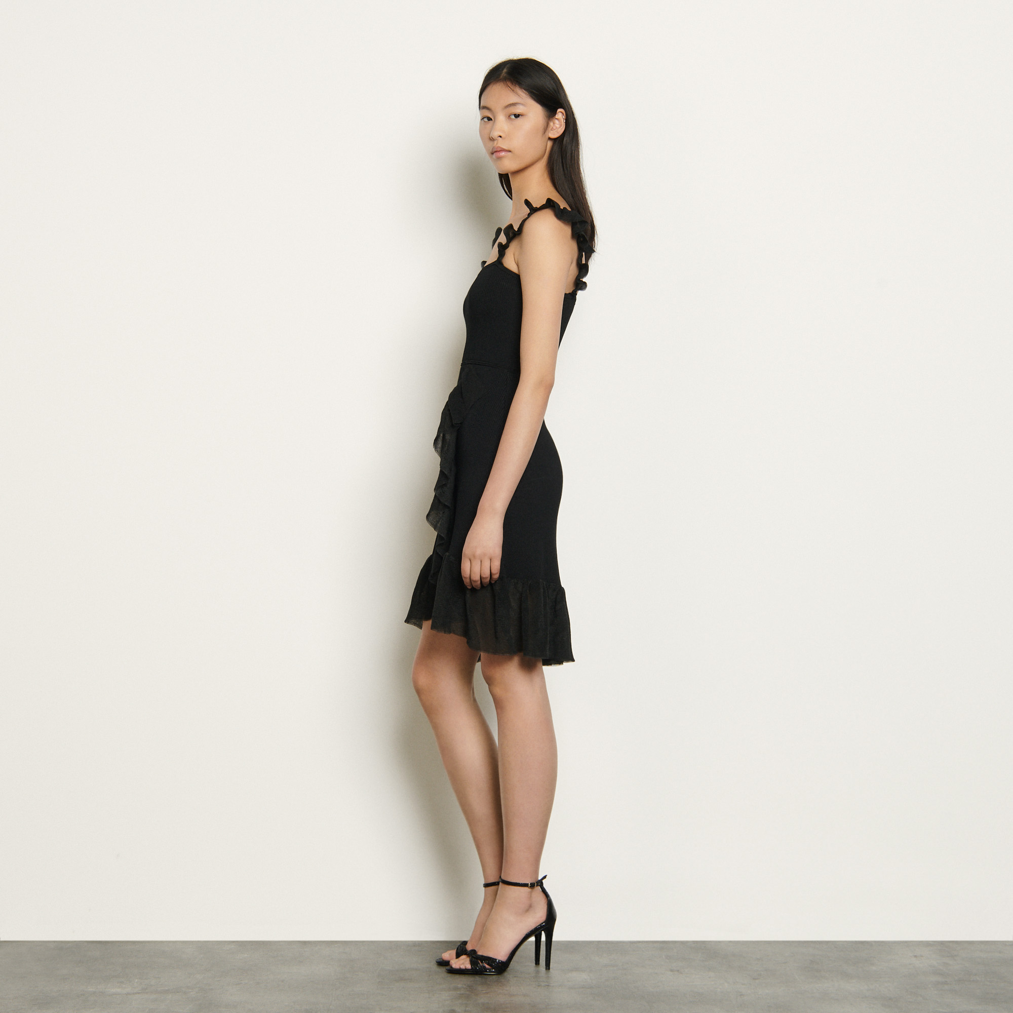 Knit dress with straps and ruffles - Black