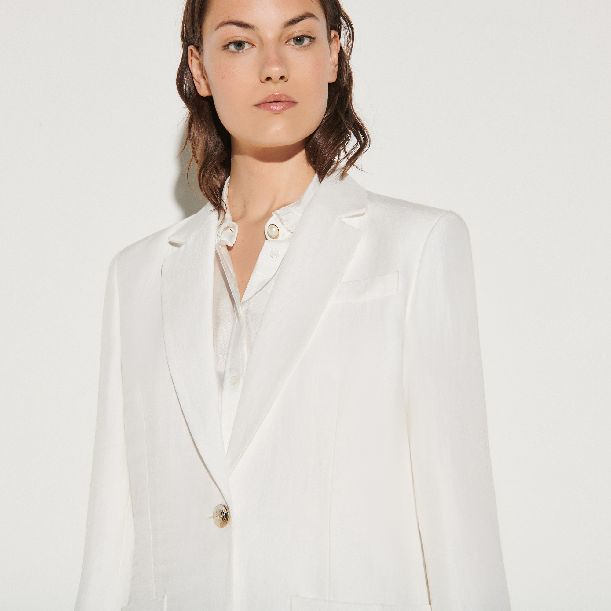 Linen blend tailored jacket in ecru - Ecru