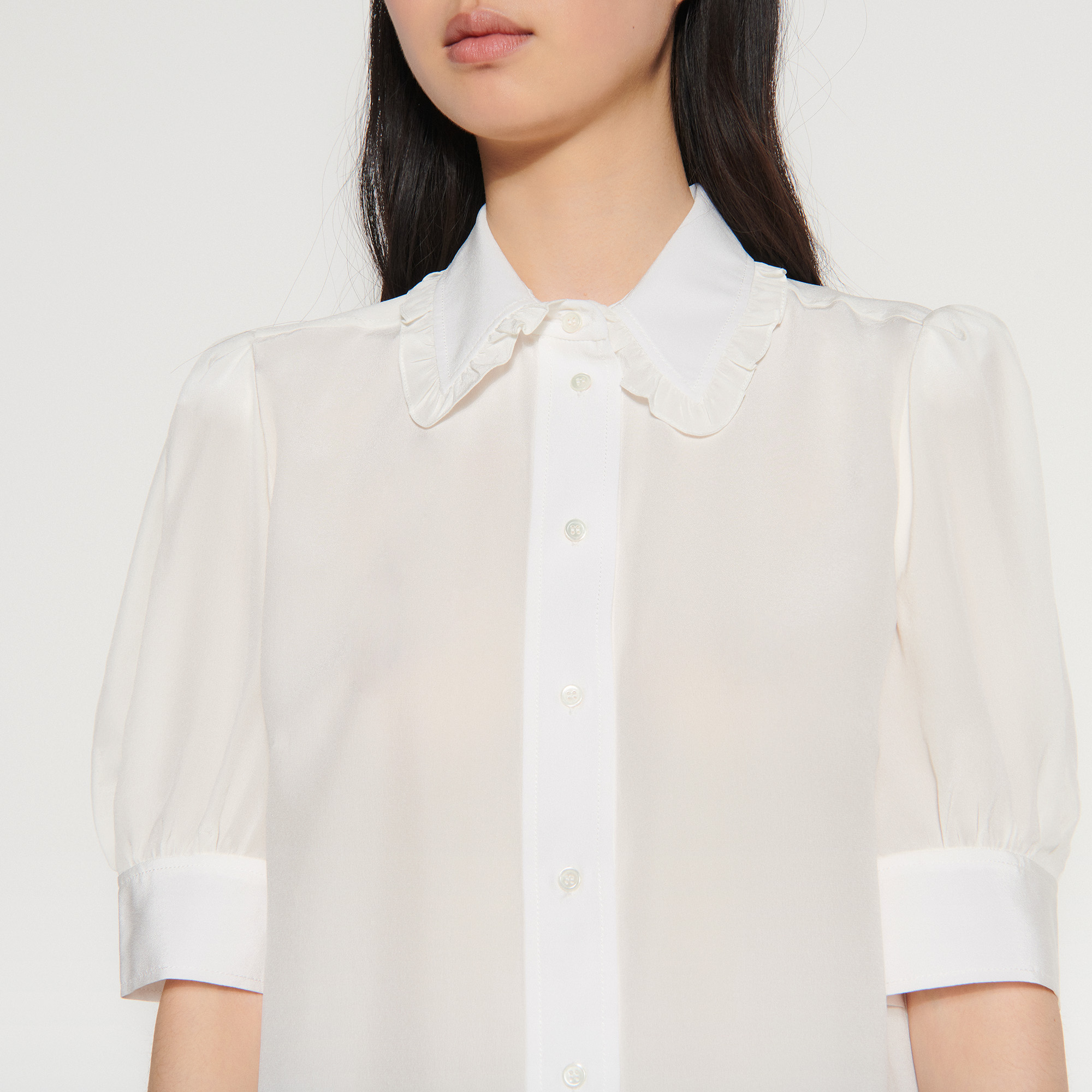 Shirt with ruffled collar - Ecru