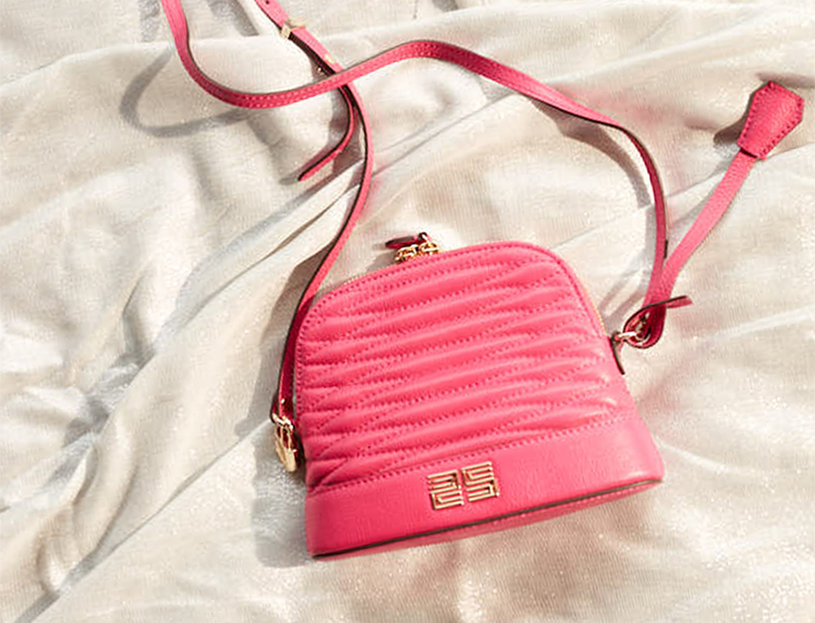 ss20-campaign-2-accessories-banner-09032020.jpg