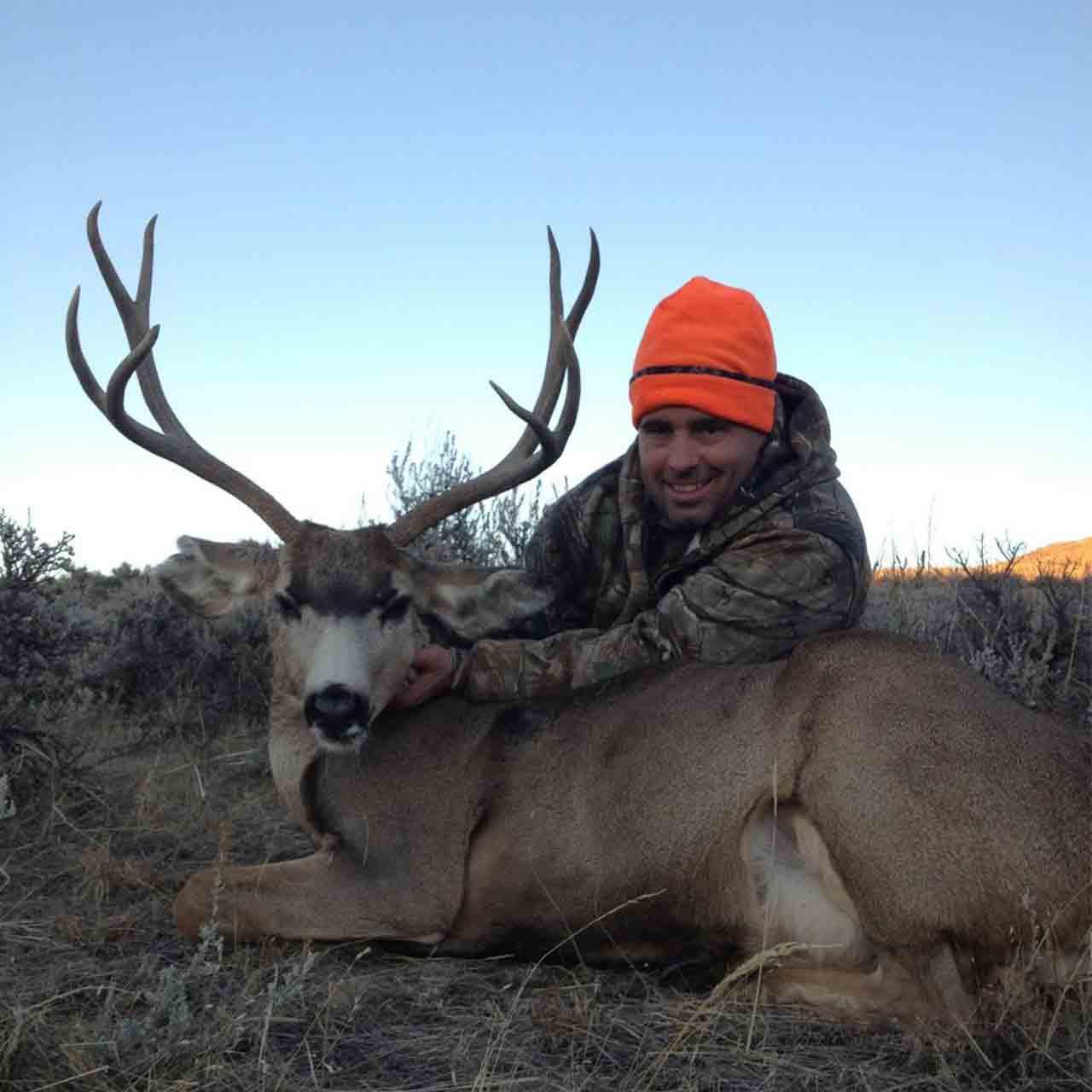 Mule deer hunt in Wyoming