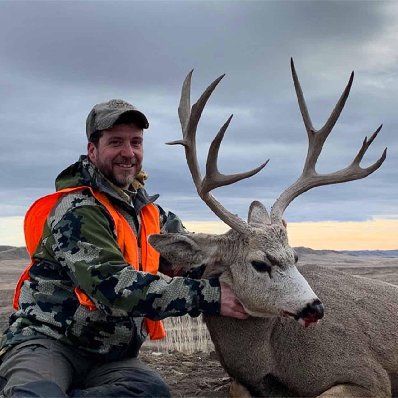 Fully guided mule deer hunt