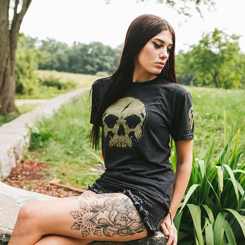 Gold Lightning Skull shirt by Seventh.Ink