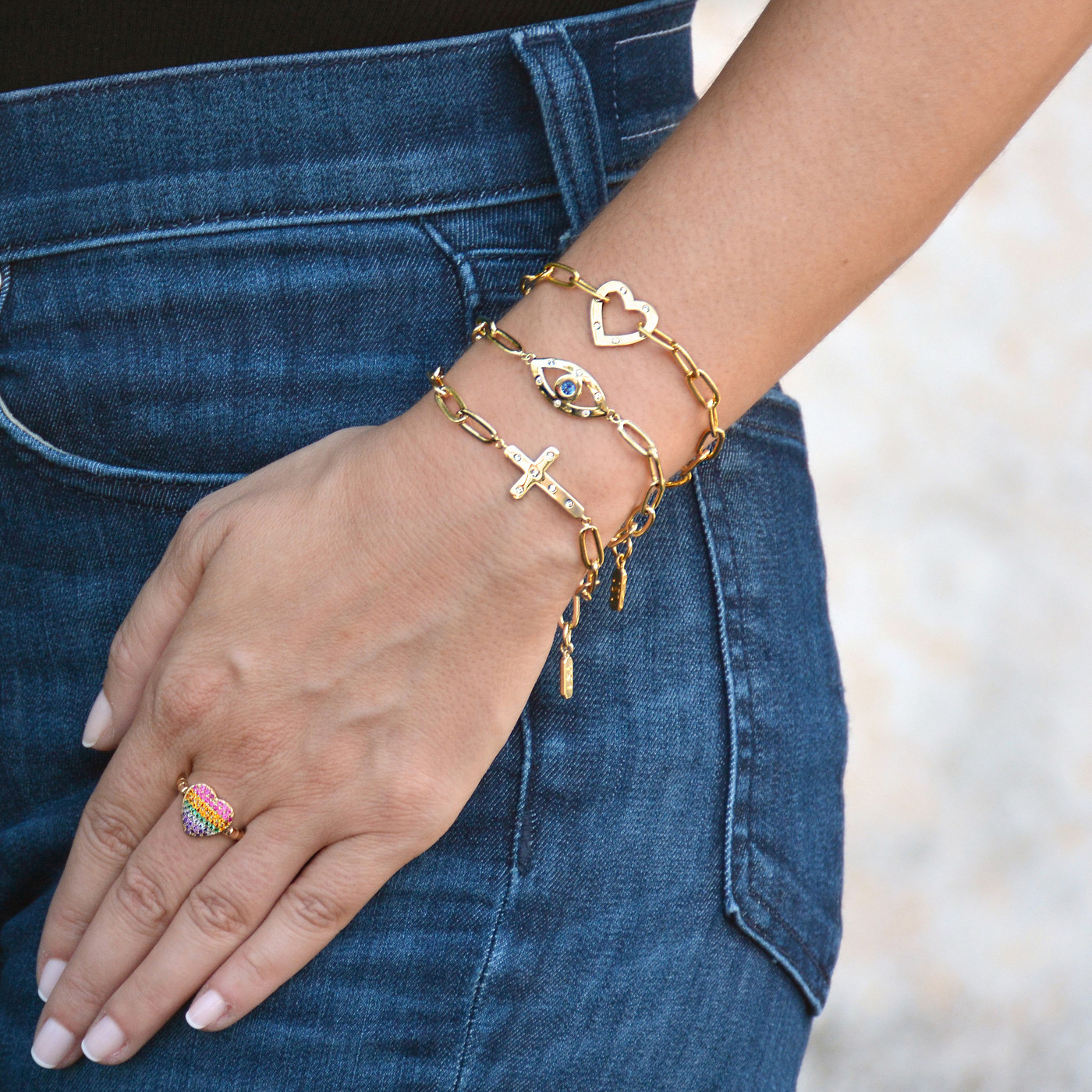 Amour Cross Bracelet Gold