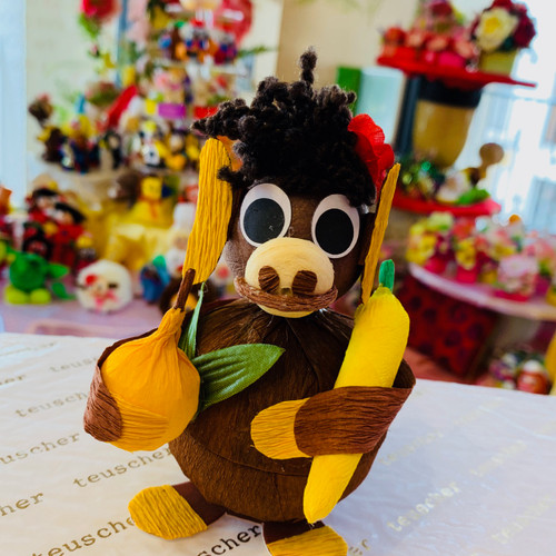 if you wish more chocolates ! look at our 2 pc monkey