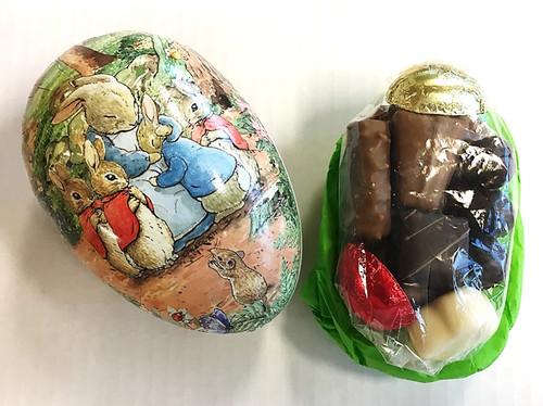 Nostalgia Egg with a chocolate assortment