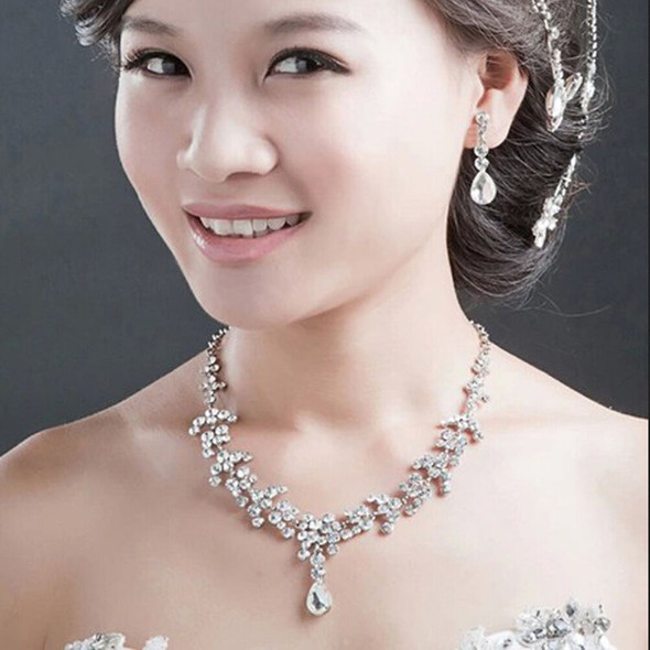 Bridal Wedding Jewelry Set Crystal Rhinestone Necklace & Earrings & Tiara MO