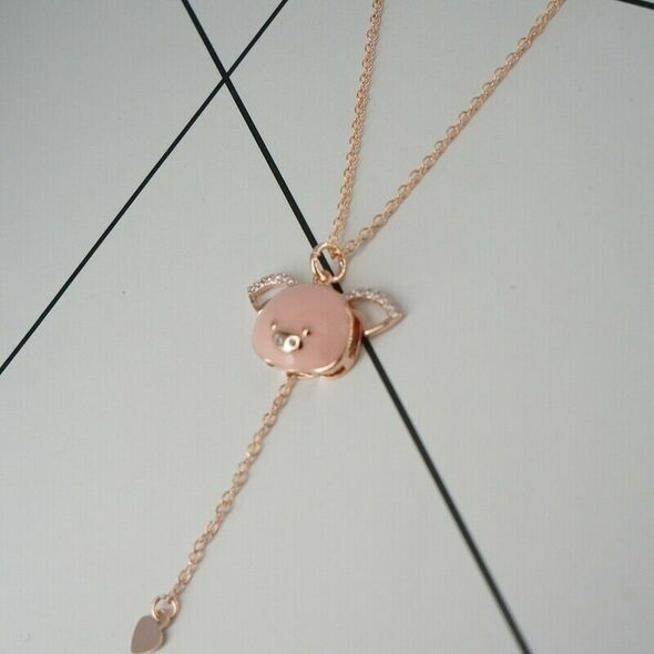 Stretchable Small Flying Pig Necklace Female Cute Moving Zodiac Pig Ear Boo R1A2