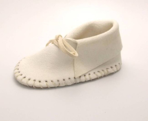 Baby Shoe White Moccasin Kit Front