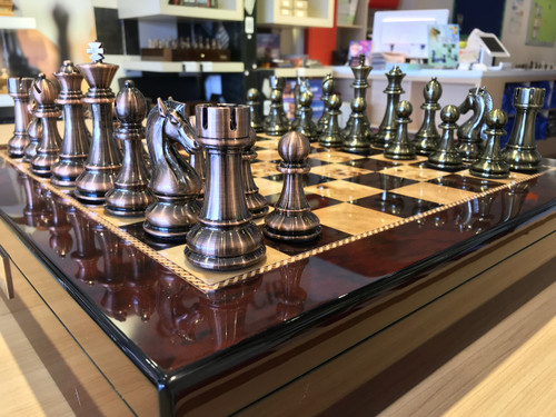 Dal Rossi Italy Chess Box Mahogany Finish Board & 105mm Bronze/Copper Colour Chess Pieces (L2269DR & L3223DR) side