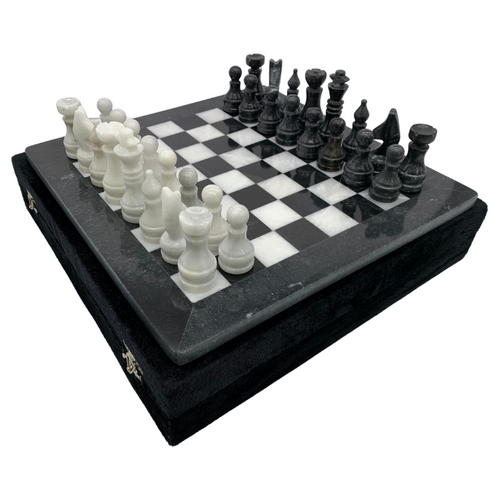 "12"" Onyx Marble Chess Set with Velvet Case Black / White (109CW)"