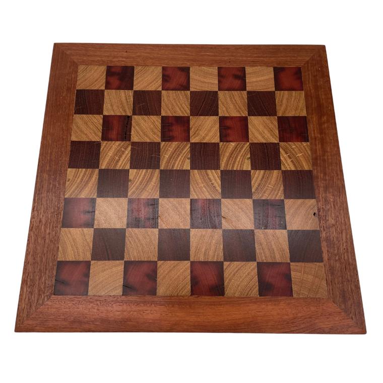 Australian Made Mahogany & Blackbutt 40cm Chess Board - top