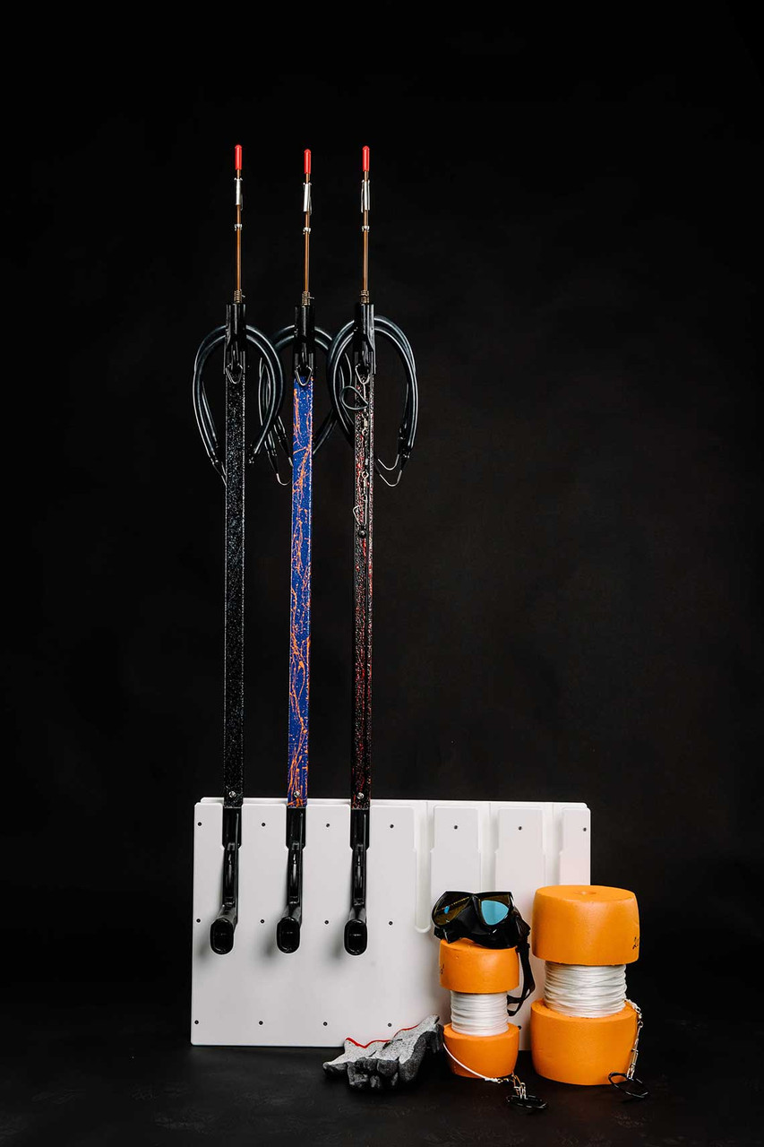 6 slot speargun rack by Mangrove Marine Products.  Compatible with most scuba style spearguns as well as Euro Style Spearguns.