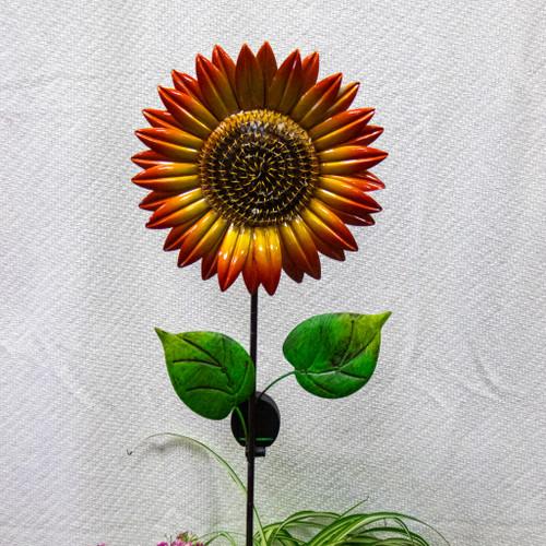 Art Pot With Sunflower Solar Stake (Medium)