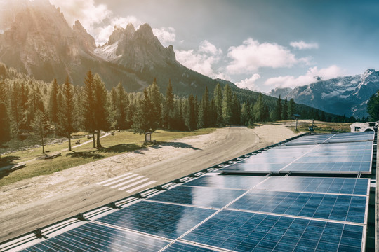Everything You Need to Know About Solar Energy & Solar Batteries