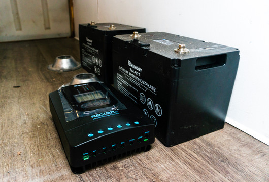 Hybrid Solar System: Adding a Backup Battery to an Existing Grid-Tied Solar System