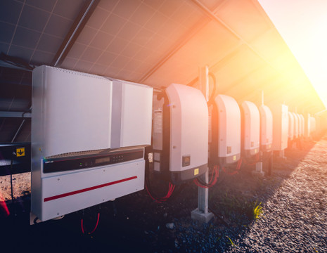 What Is a Power Inverter, And How Does It Help Your Solar System
