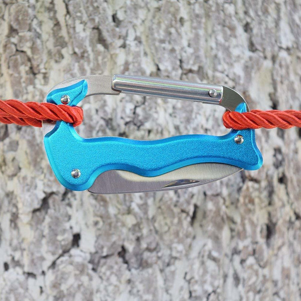 Carabiner with Knife