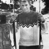 Knitted Mans Ski Sweater Pattern, Contrast Yoke
