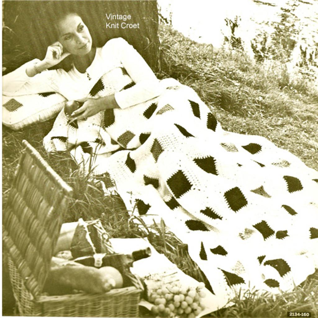 Vintage Crochet Afghan Pattern, Black White Blocks