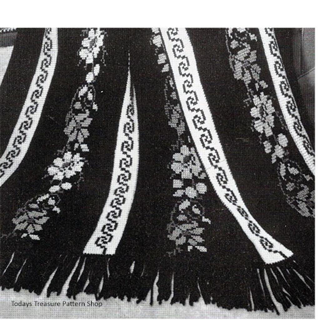 Crochet Afghan pattern Greek Key with Flowers