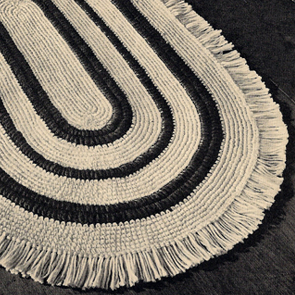 Large Vintage Oval Rug Crochet pattern with Fringed Edge