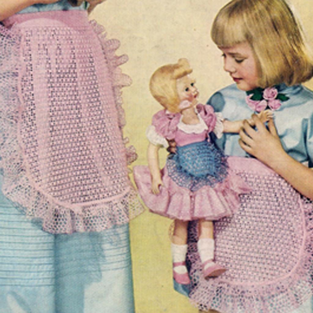 Mother Daughter Crochet Ruffled Apron Pattern