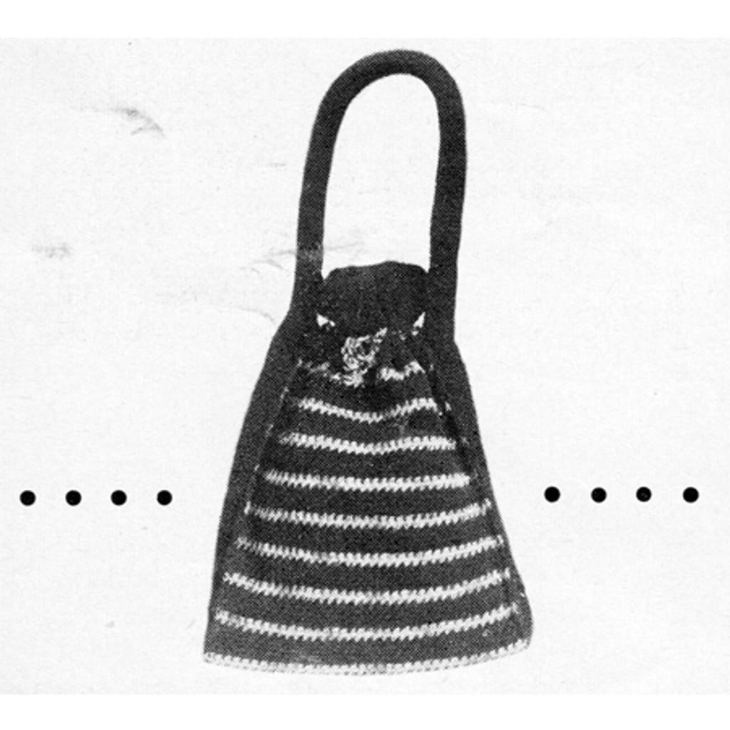 Free Crochet Pouch Pattern in Metallic Stripes