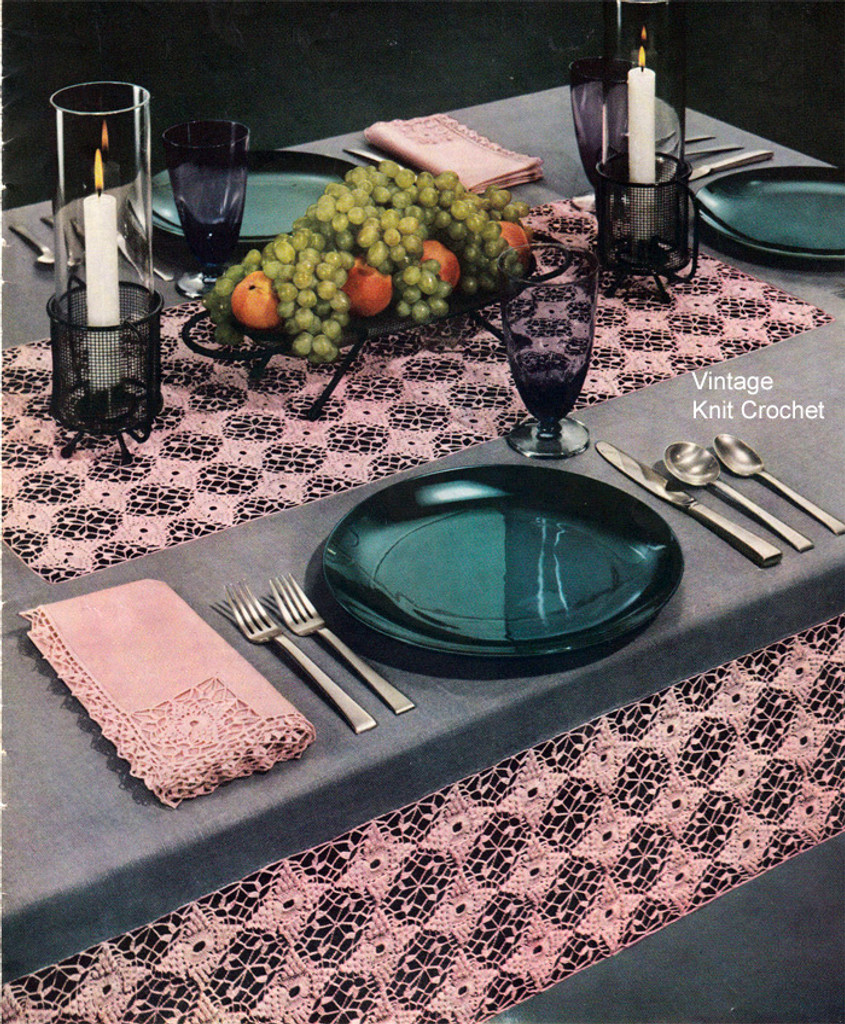 Modern Mode Crocheted Linen Tablecloth Pattern