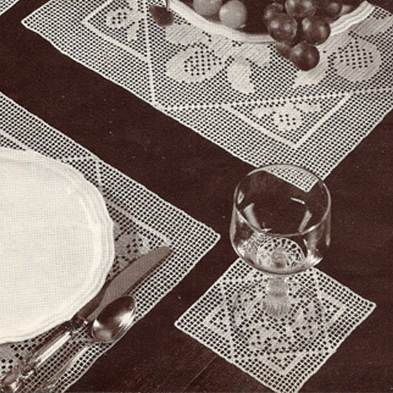 Filet Crocheted Mats Pattern