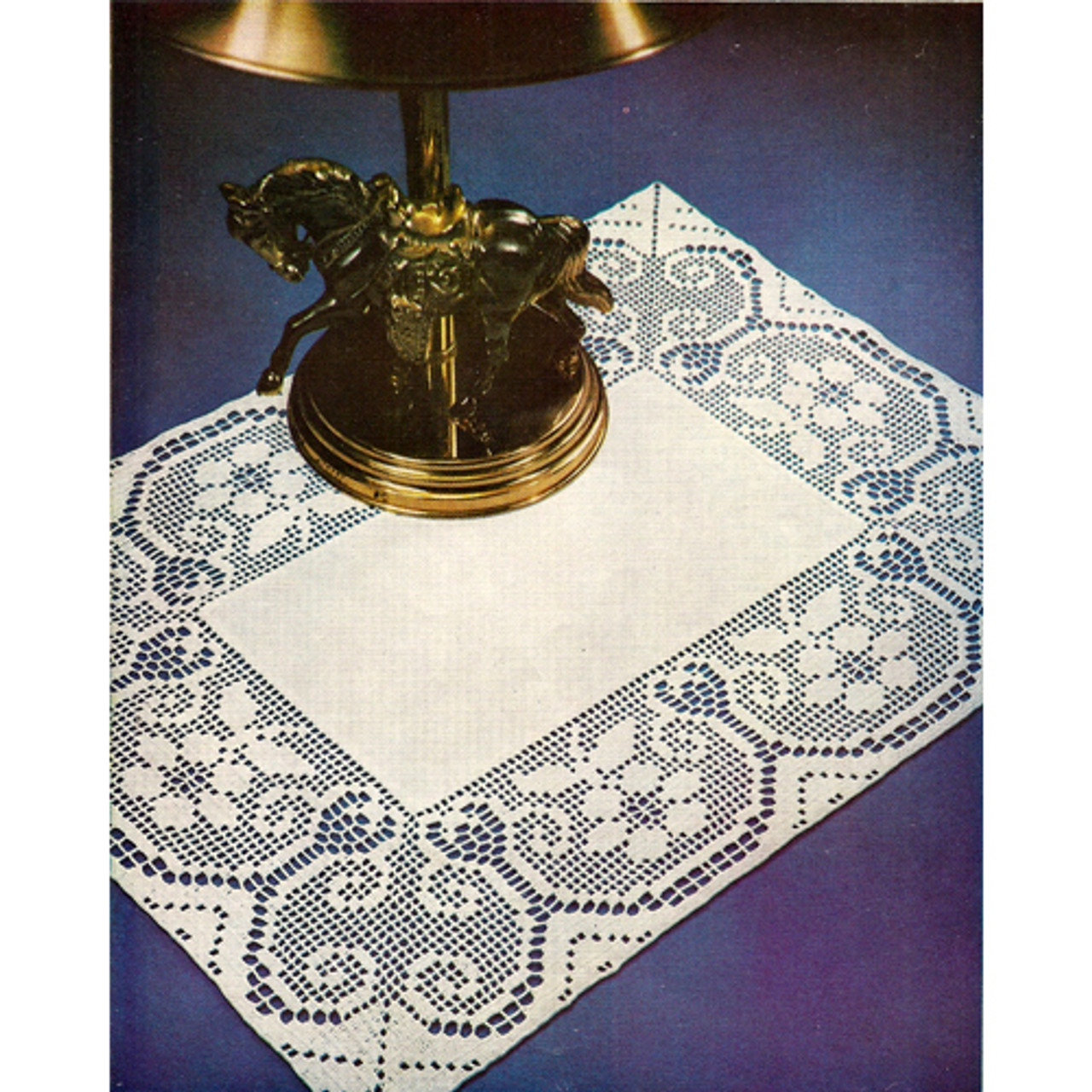 Filet Crochet Border for Linen Centerpiece Doily Pattern