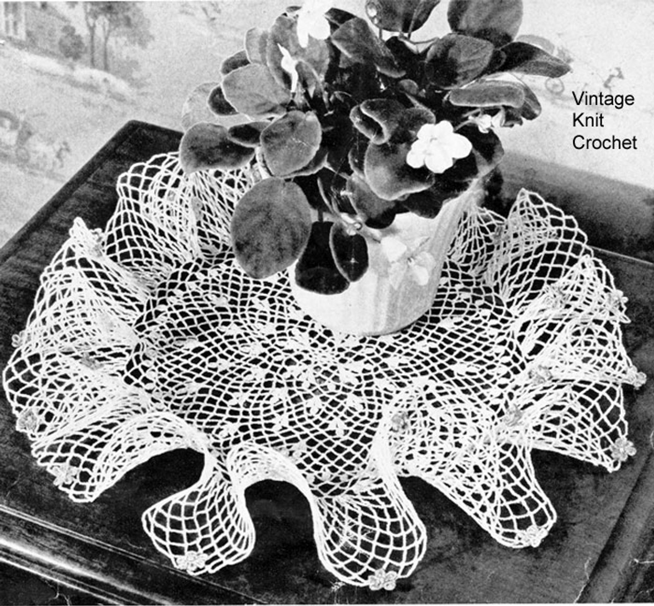 Vintage Ruffled African Violet Doily Patter