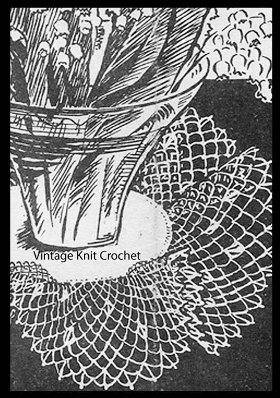 Crochet ruffled doily pattern, linen center, Anne Cabot 5203
