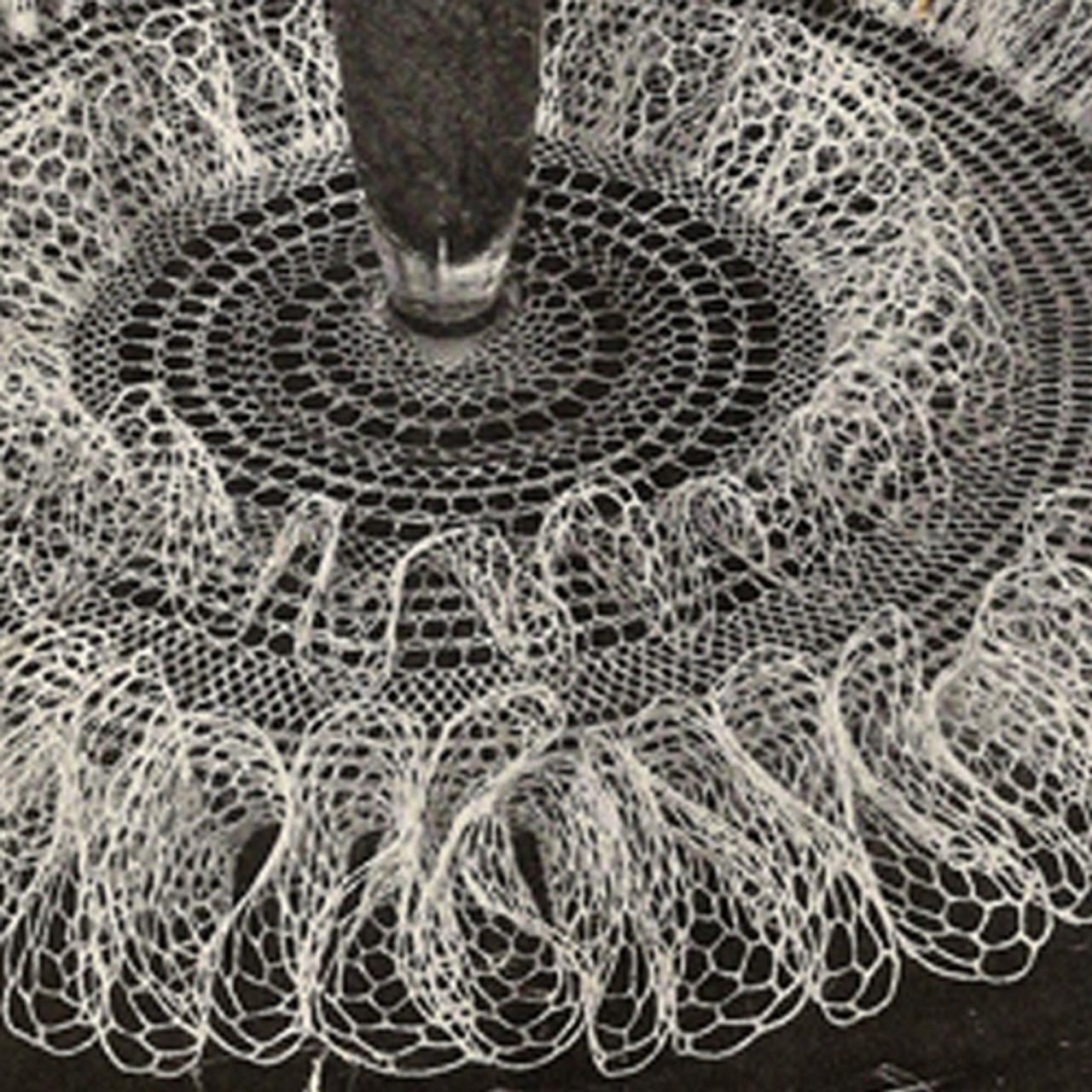 Large Double Ruffle Doily Crochet Pattern, Vintage 1950s