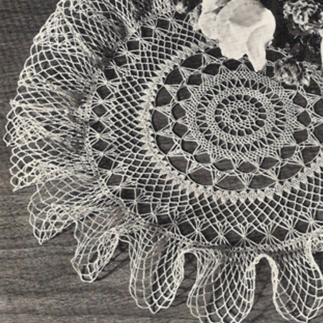 Vintage Crochet Doily Pattern, Ruffled Summer Breeze