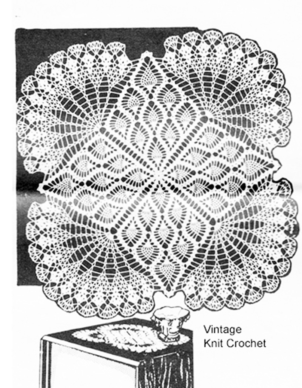 Square Pineapple Centerpiece Doily Pattern, Laura wheeler 7339