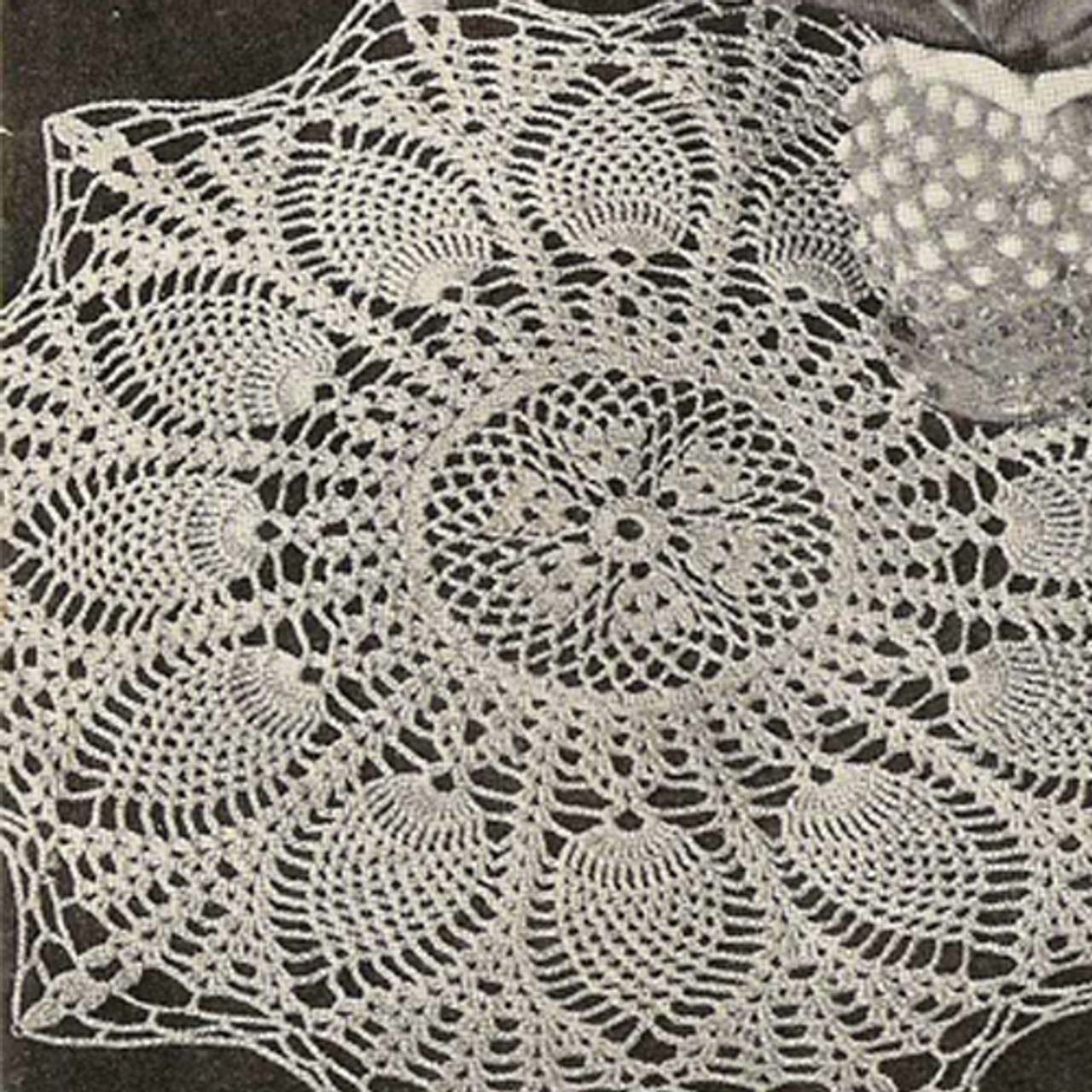 Sunburst Crochet Doily Pattern in Pineapple Stitch