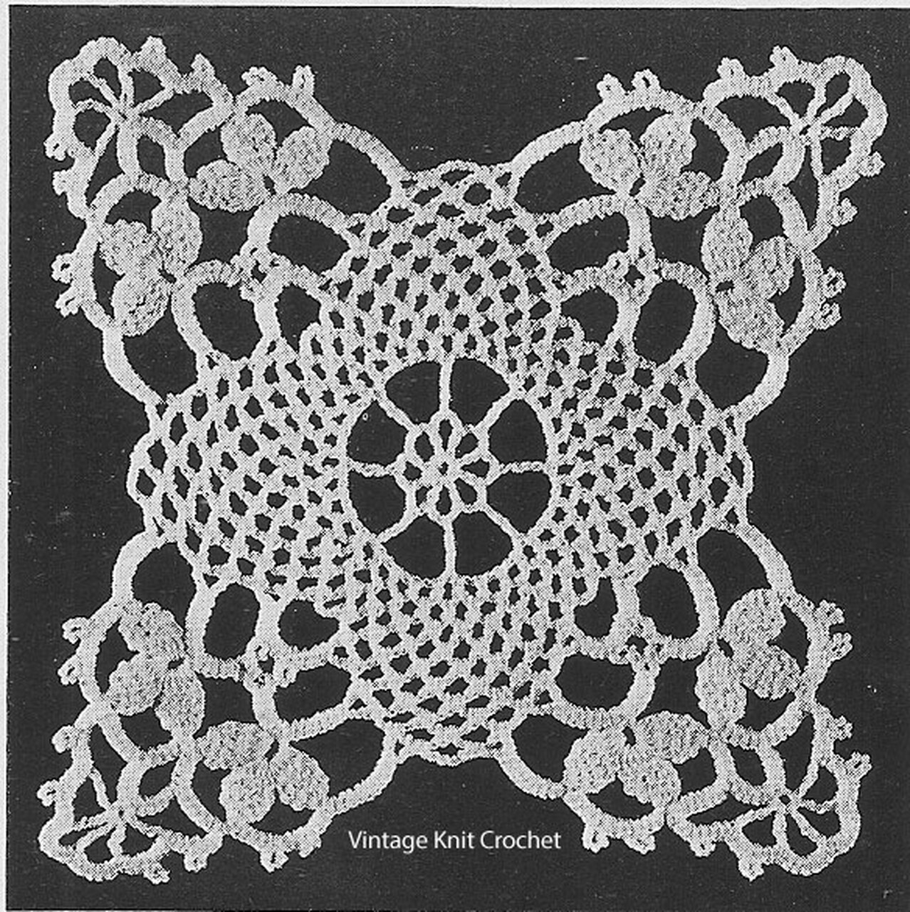 Crocheted Lace Bedspread Square No 621, Vintage 1939