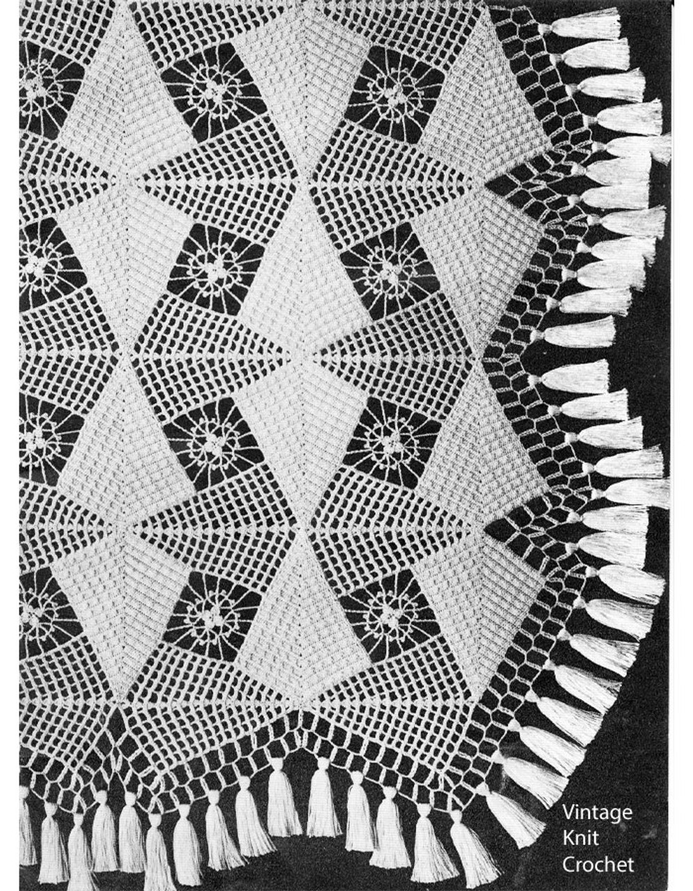 Crochet Triangle Medallion Bedspread Pattern, Spearhead