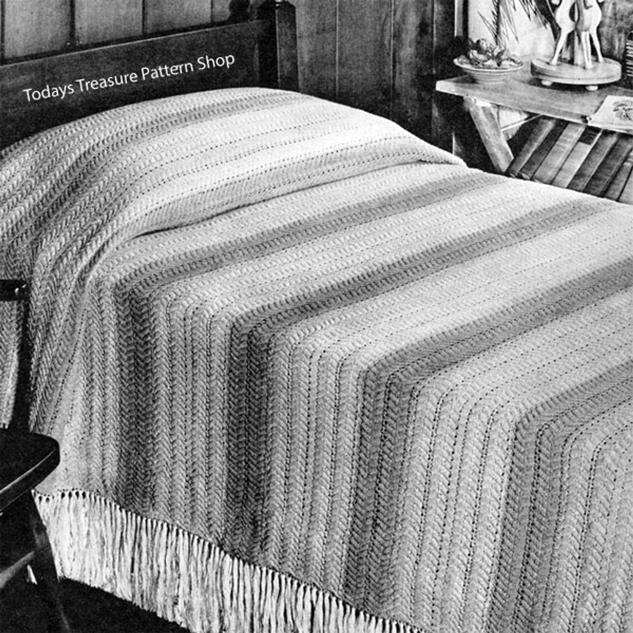Vintage Knitted Bedspread Pattern in stripes