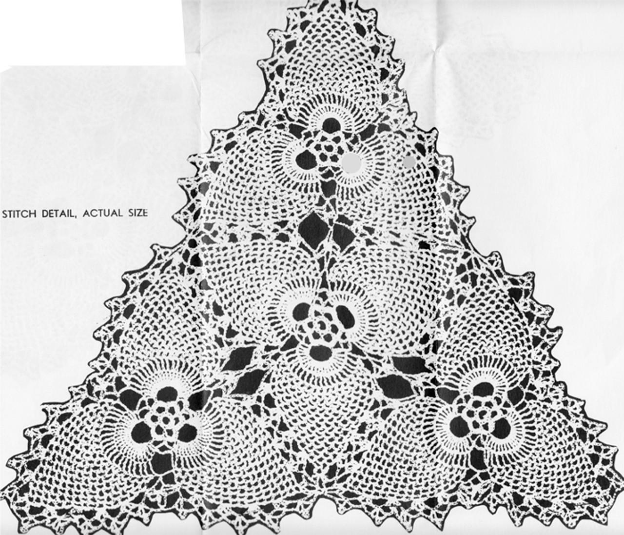 Crochet Illustration of Pineapple Pyramid