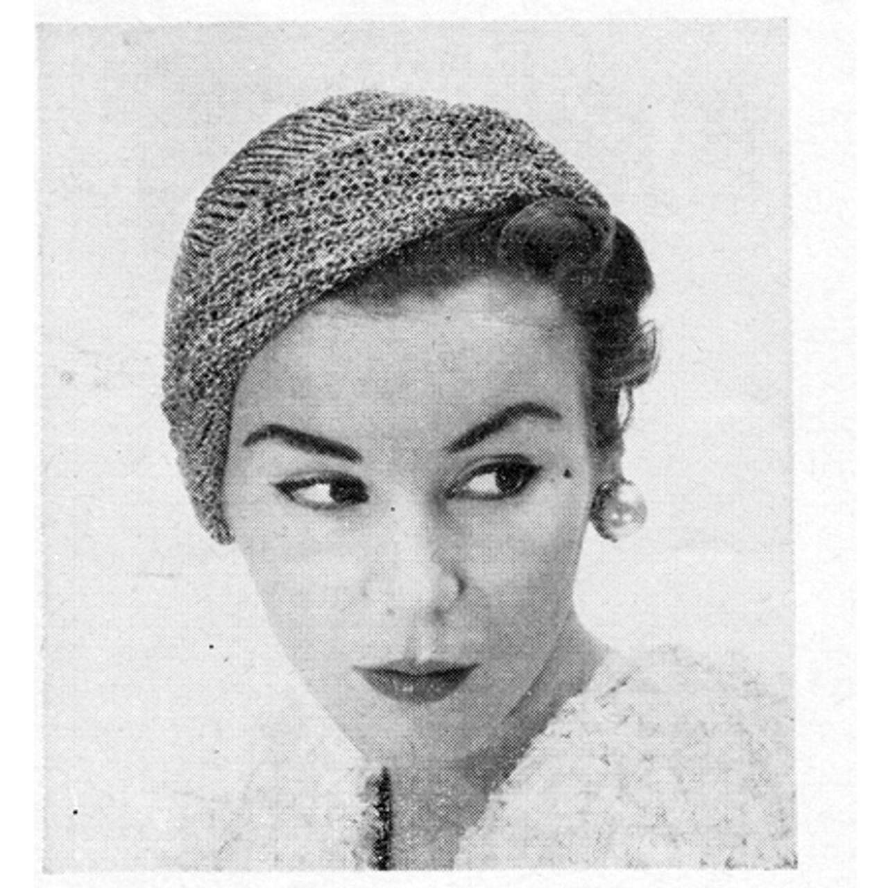 Cloche Hat Knitting Pattern with Metallic Threads