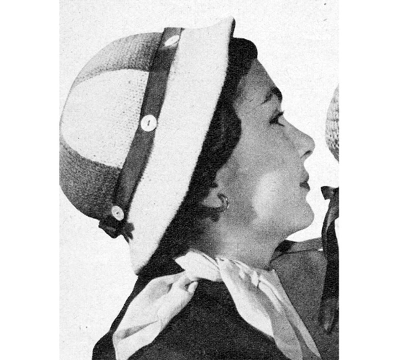 Triangle Cloche Knitting Pattern with narrow brim
