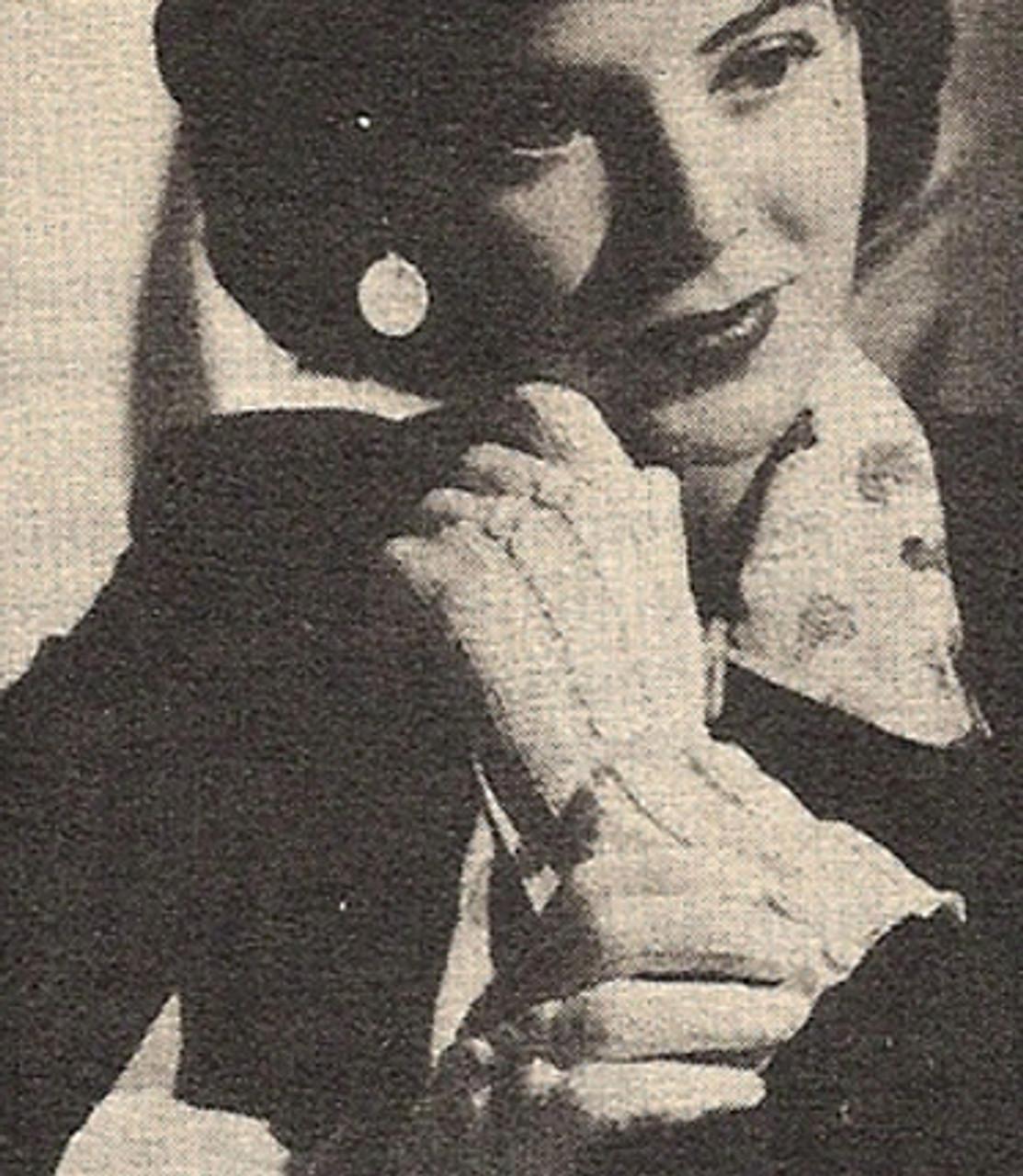 Knitting Pattern for Misses Gloves, Vintage 1950