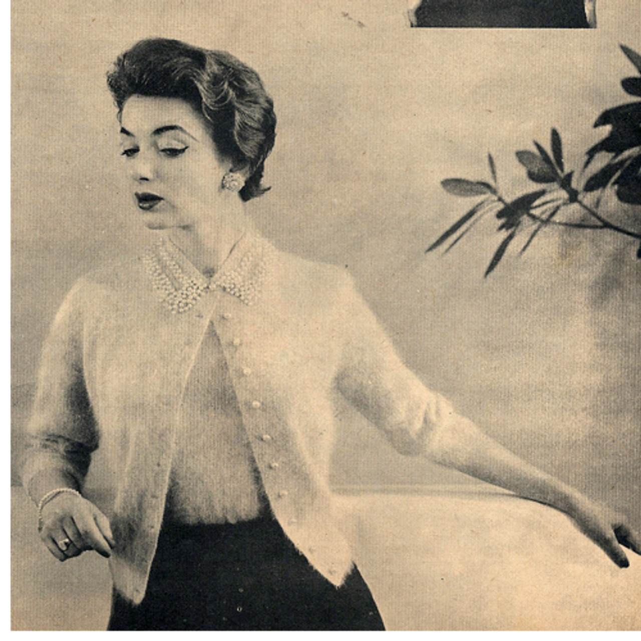 Short Sleeve Angora Cardigan Knitting Pattern